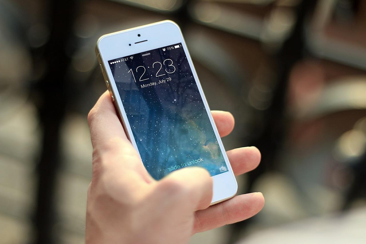 5 aspectos que debe cubrir un seguro de teléfono móvil